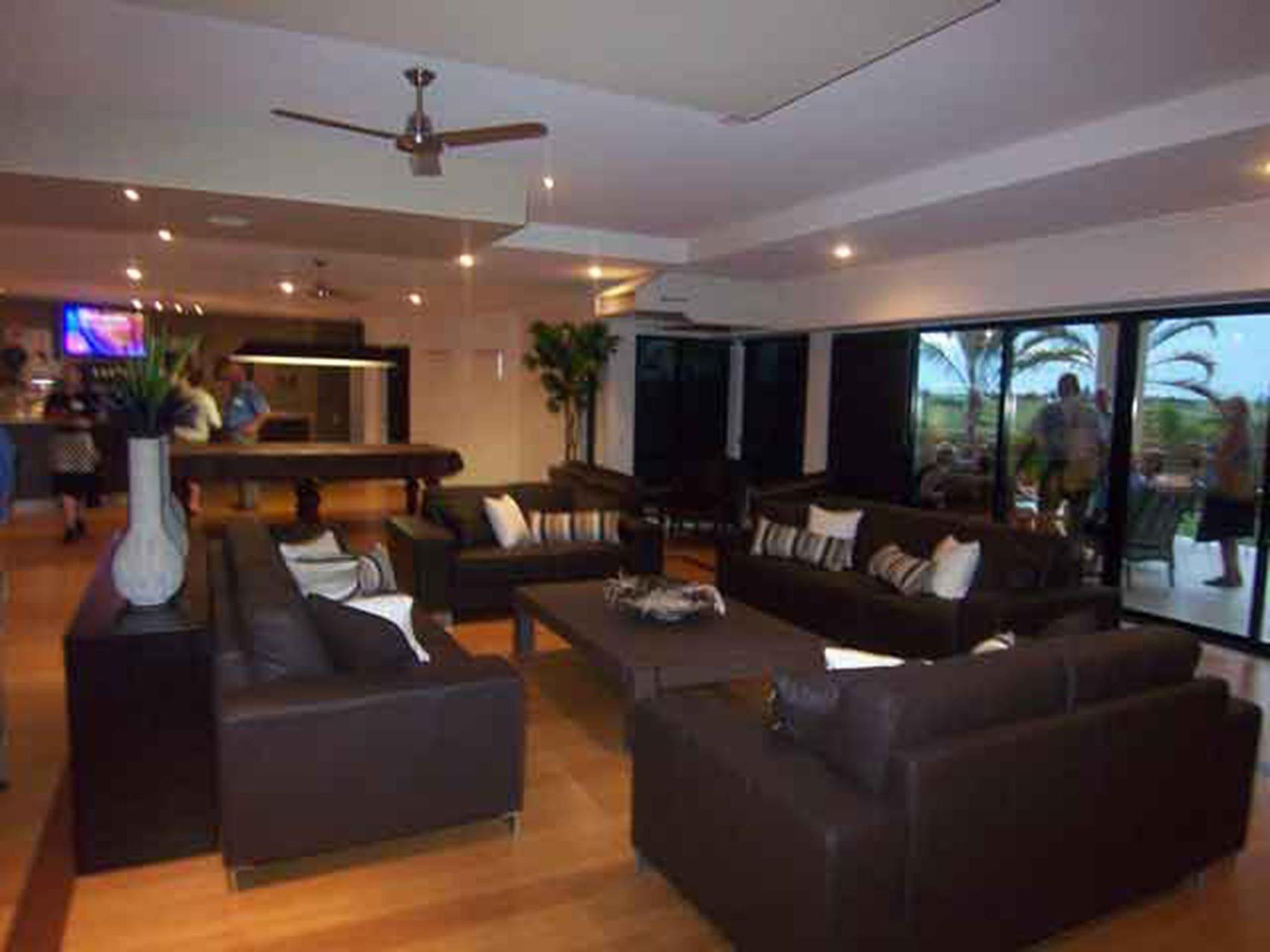 bargara lifestyle resort - clubhouse